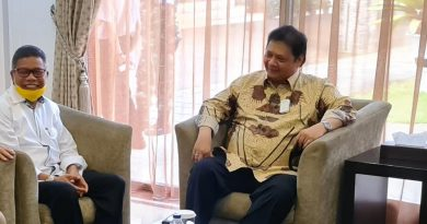 Ketua Umum DPP Partai Golkar Dan Ketua DPD I Bahas Kejayaan Golkar Di Sulawesi Selatan