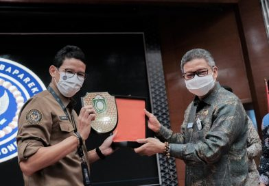 Sandiaga Uno Sebut Taufan Pawe Wali Kota Inovatif