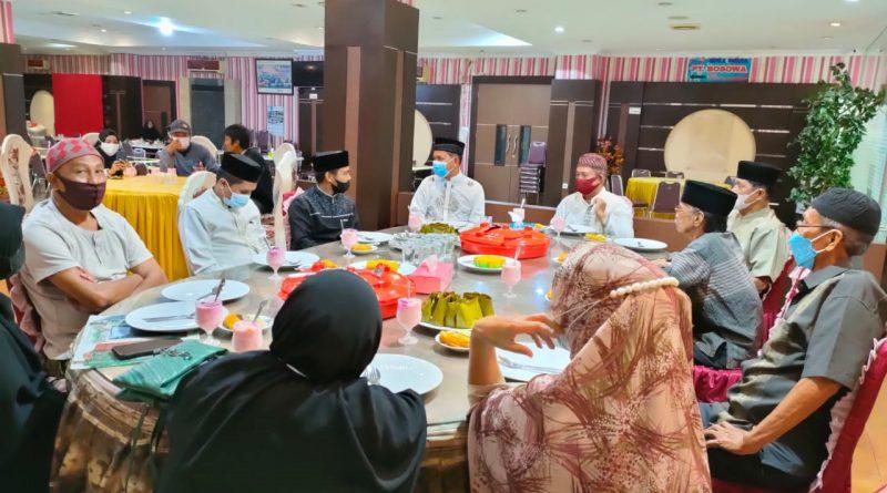 Bina Kekompakan, Alumni PGRI 1 Parepare Bukber Dan Tarwih