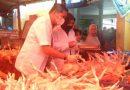 PKP Sidak Pedagang Daging Di Pasar Lakessi